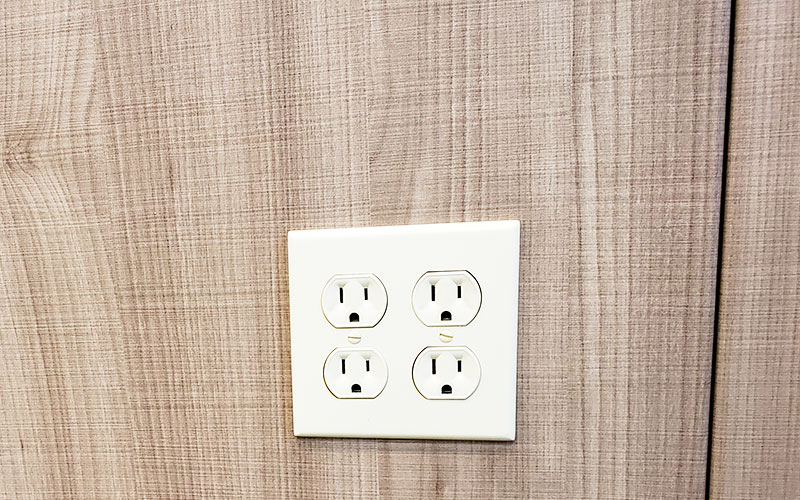 Easily Install Outlets